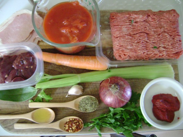 Ingredients - Noel Harrison's Spaghetti Bolognese