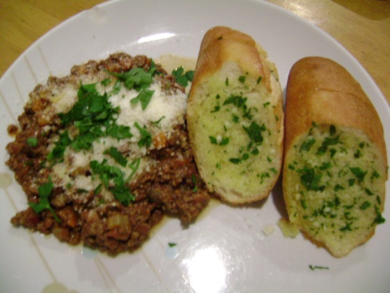 Bolognese and Garlic Bread