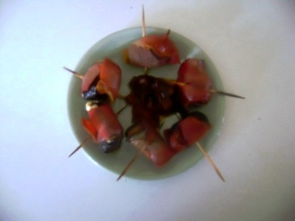 Devils on Horseback with Chutney