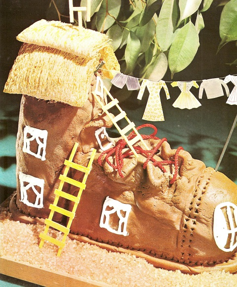 Shoe cake - who doesn't want to eat an old boot on their birthday!