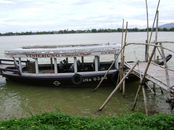 Vinh Hung Resort Boat